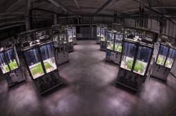 Das Ecotron besteht aus 24 Versuchskammern, in denen künftig unter kontrollierten Bedingungen die Wechselwirkungen im Nahrungsnetz untersucht werden. Foto: Tilo Arnhold, iDiv