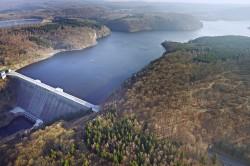 Erdbeobachtungssatelliten sollen künftig helfen, die Wasserqualität in Seen und Flüssen zu erfassen.